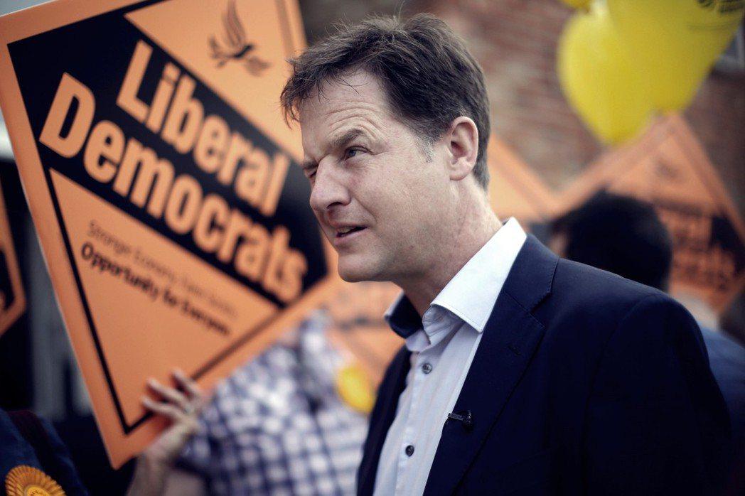 英國政治制度對於小黨派的嚴苛,可見一斑——見證自由民主黨泡沫化的前副首相克萊格(...