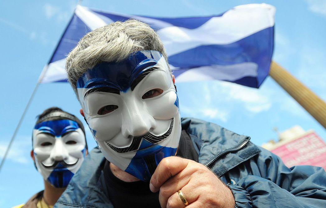 布萊爾的舉動,成功為蘇格蘭工黨「續命」,直至蘇格蘭獨立公投失敗後一年的2015年...