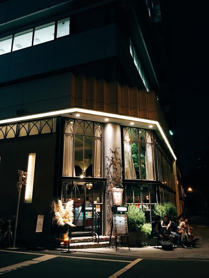 晚上的Café La Boheme更加有氣氛!
