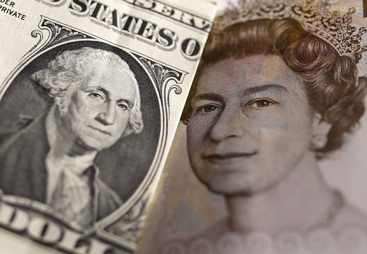 英鎊兌美元連二日反彈至1.3233美元。路透