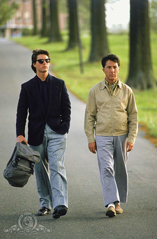 「雨人」兩兄弟看似不搭調,卻在返鄉過程中產生真摯感情。圖/摘自imdb