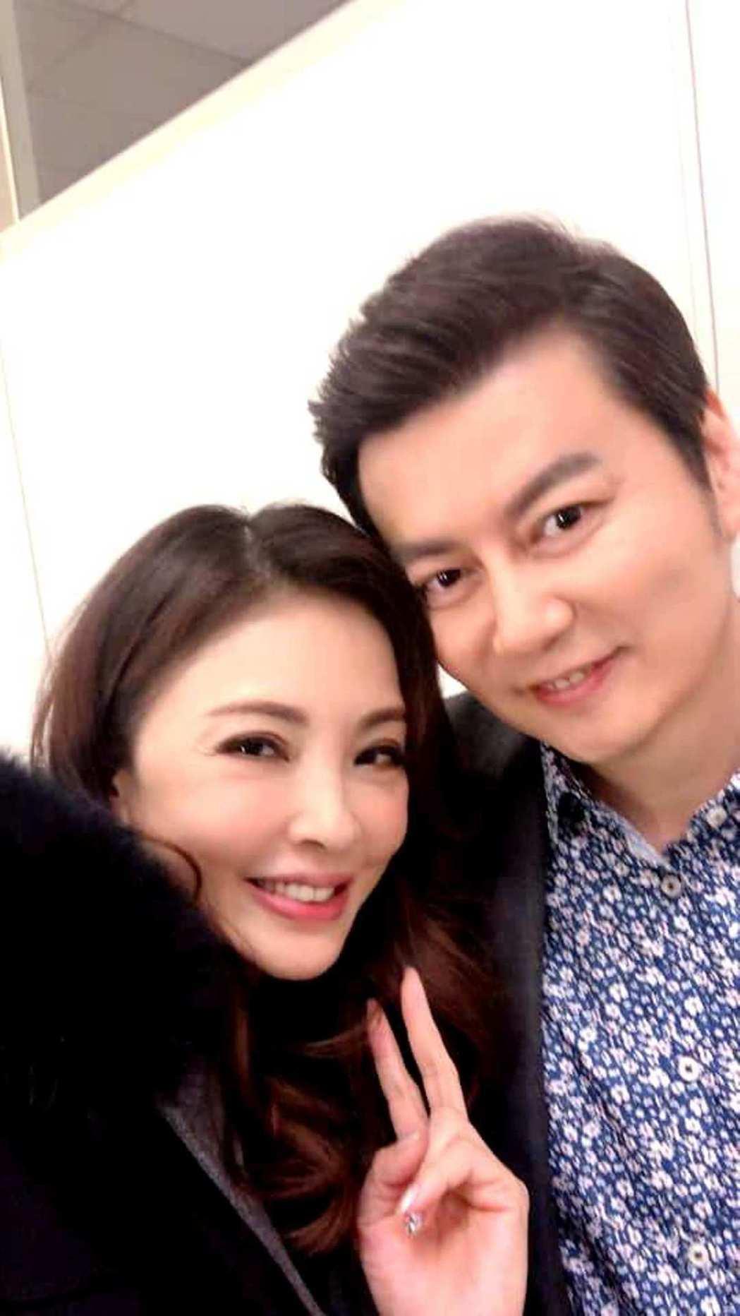 倪齊民(右)和何如芸17年後再合作。圖/擷自臉書