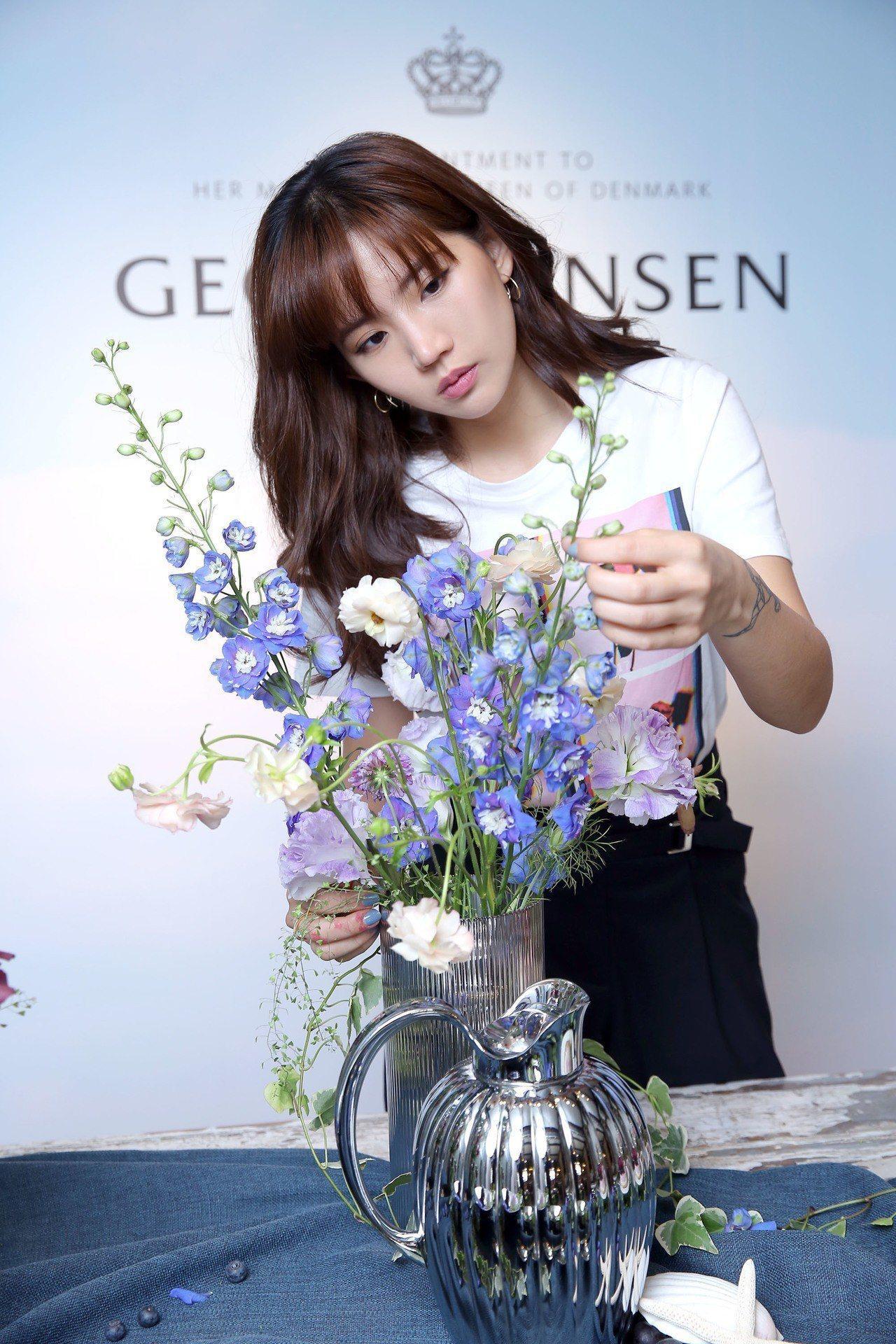 GEORG JENSEN請到浪花w/f花藝創辦人陳艾琳擔任嘉賓,以她的花藝創作結...