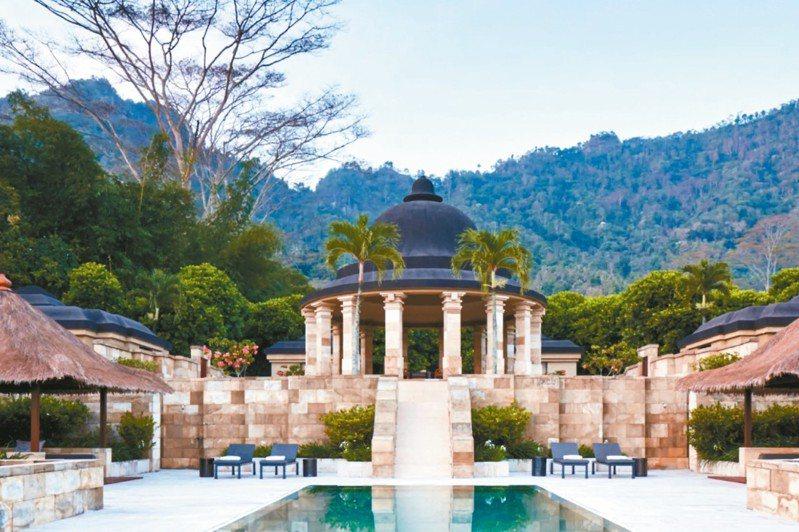 為了呼應婆羅浮屠,安縵吉沃採用厚實的石灰岩塊為建材,帶出古樸穩重的感覺。 圖/有行旅提供