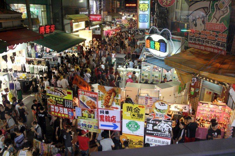 逢甲商圈有許多著名小吃。 本報系資料照/記者于志旭攝影