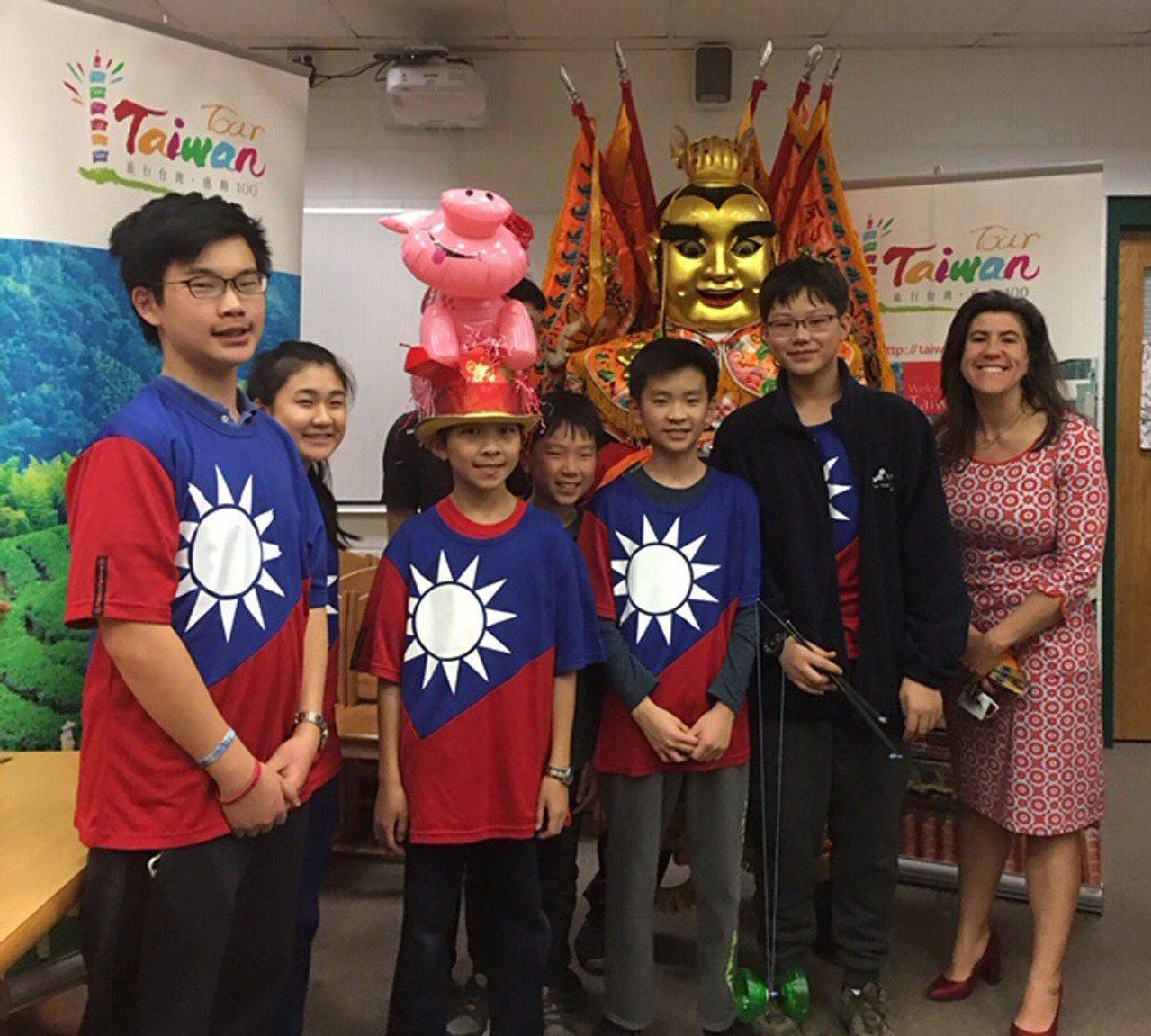 美國馬州世界博覽會,台灣文化展台吸睛。 記者羅曉媛攝影