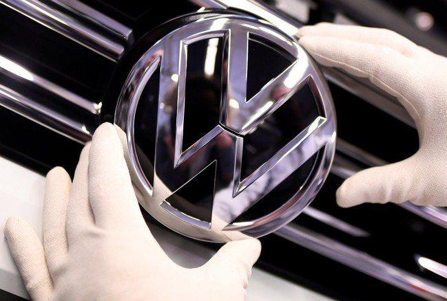 德國福斯汽車指出,公司將在2023年之前裁員多達7000人。 路透