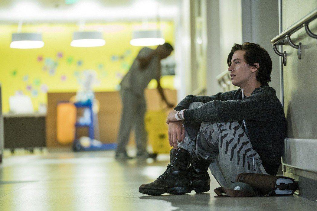 《愛上觸不到的你》本片由寇爾史普洛茲領銜主演。采昌提供