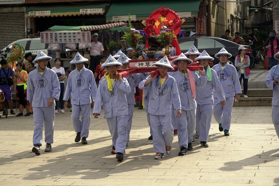 迎龍王回到鹿港龍山寺時,更是整個活動最寥落冷淡的時刻。 圖/聯合報系資料照