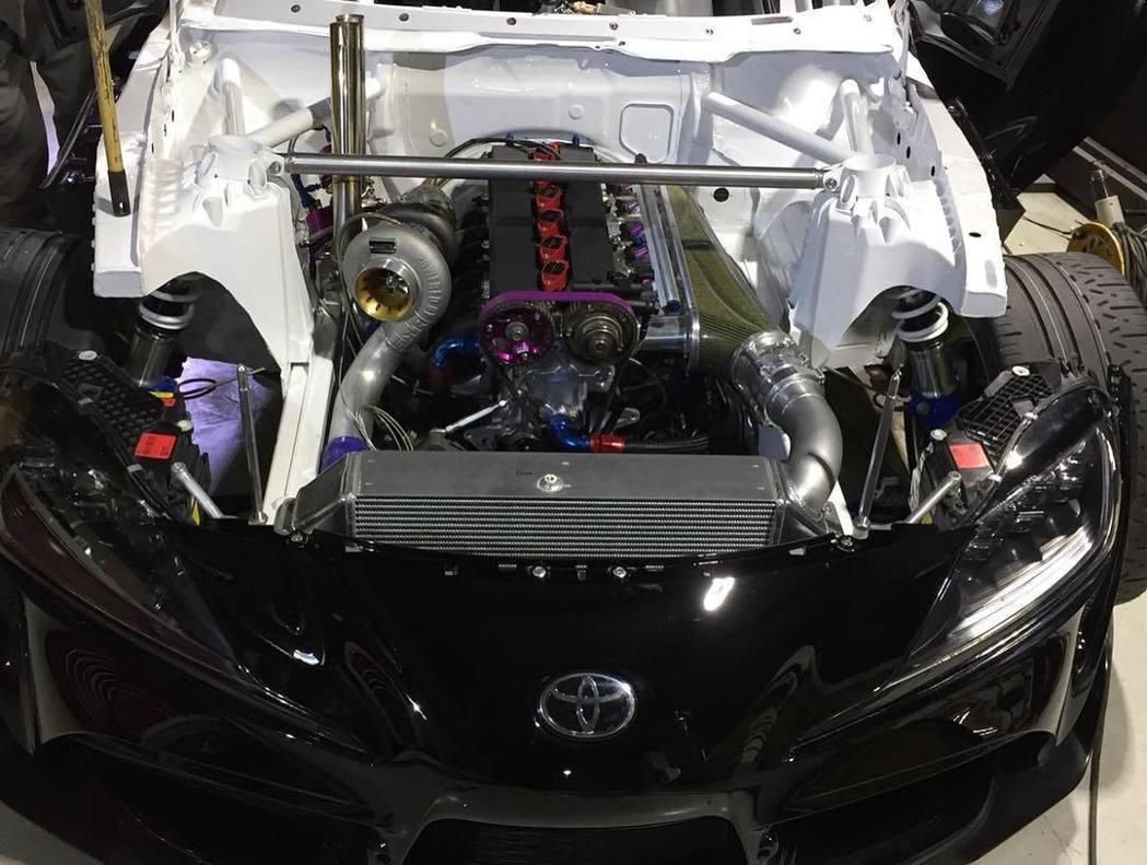 將引擎更換為前一代Supra的2JZ-GTE引擎。 摘自FB:Daigo Sai...