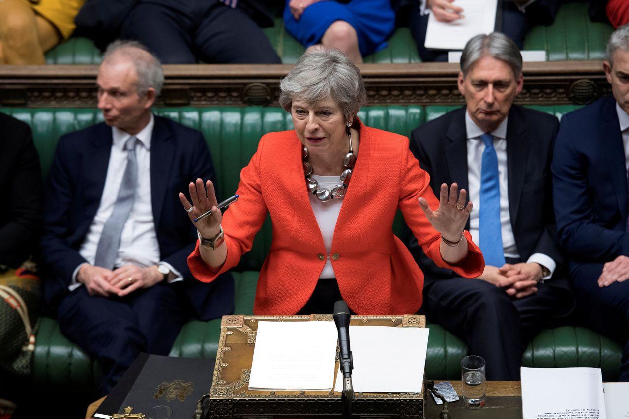 梅伊在國會表示,「無論是否決無協議脫歐,還是支持推延脫歐,都不能解決我們面臨的問...