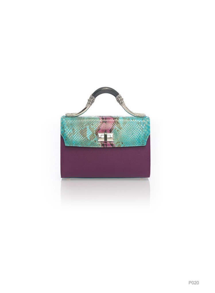 紫色玉鐲提把拼接皮革包,特價19,920元。圖/夏姿提供