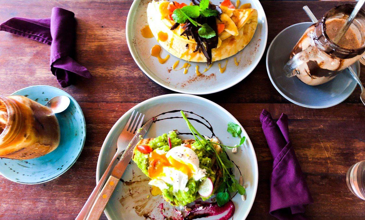先吃蔬食,再吃肉類及澱粉,才是減肥的吃東西順序?圖/摘自 pexels