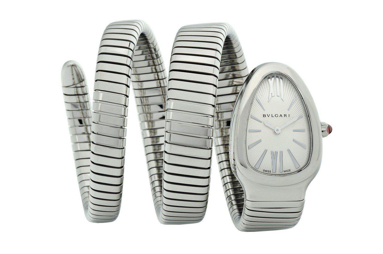 寶格麗Serpenti Tubogas雙圈螺旋腕表,約24萬4,300元。圖/B...