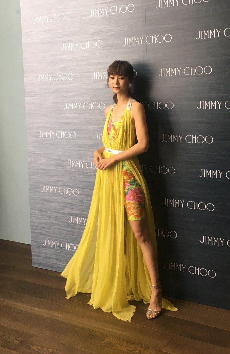 時尚品牌Jimmy Choo發表春夏系列,女星鍾瑶出席。記者吳曉涵/攝影