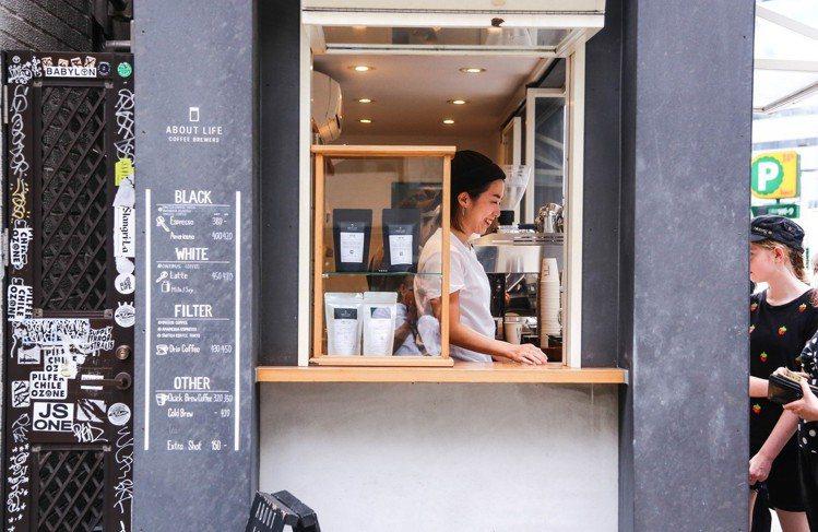 澀谷超人氣咖啡「ABOUT LIFE COFFEE BREWERS」。圖/JOU...