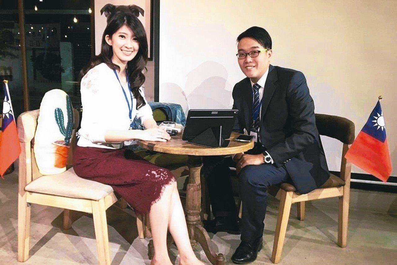 有北漂最正女主持人之稱的國民黨黨代表李明璇(左),表態有意參選北市第二選區立委。...