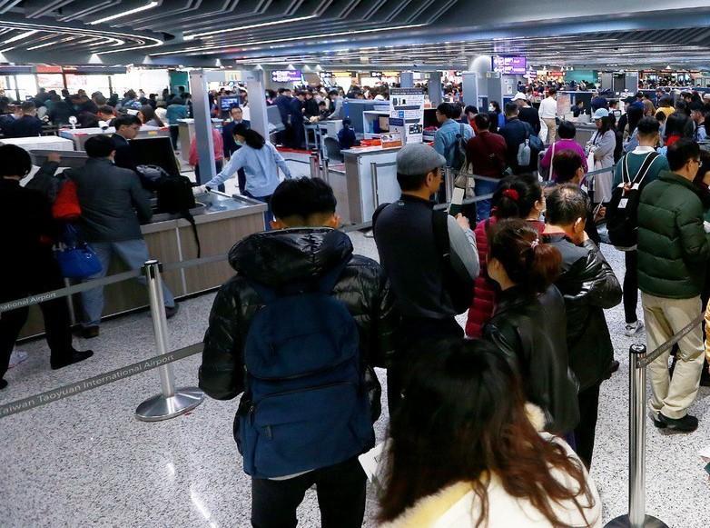 機場安檢管制區禁止拍照,即使是媒體要拍攝也須提出申請。 聯合報系資料照/記者陳嘉...