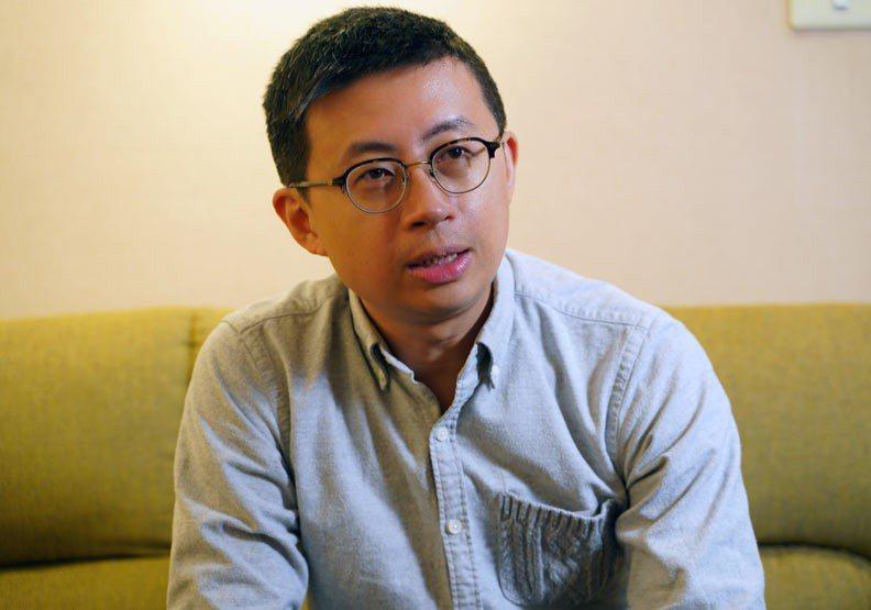 台北市議員「呱吉」邱威傑的公司「上班不要看」遭人冒用名義。圖片提供/遠見