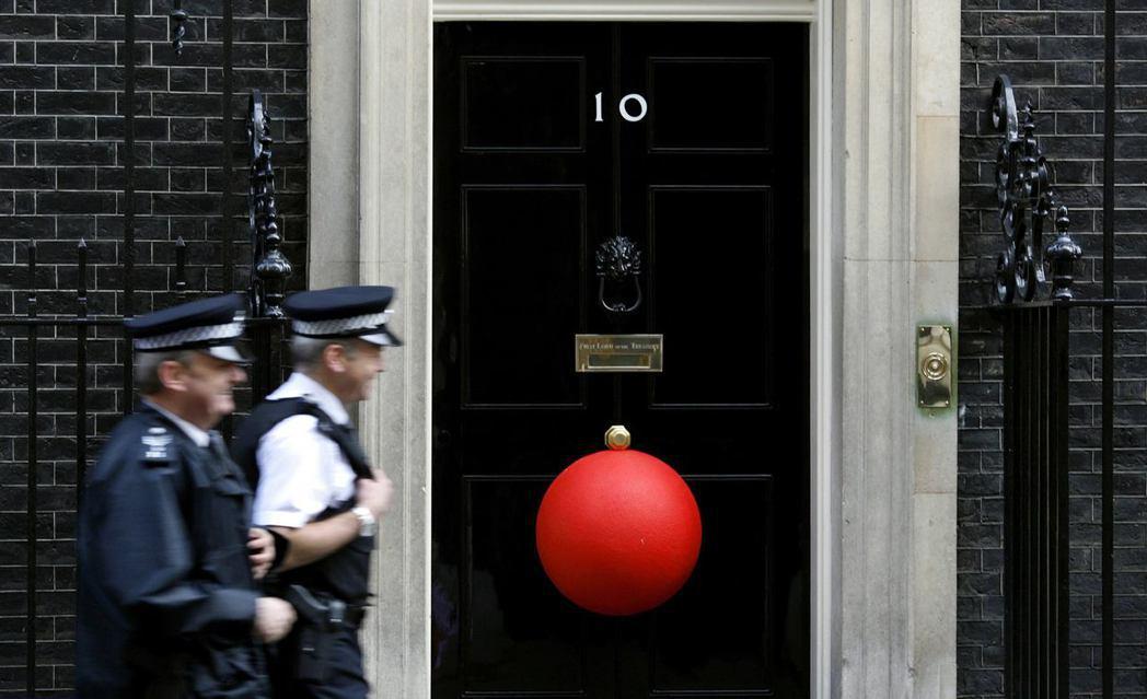 「喜劇救濟之所以成功,全是因為英國大眾的慷慨與善意。」2019年的紅鼻子日將於3...