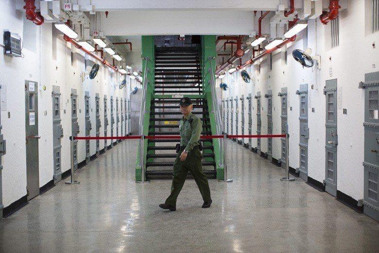 若按照「送中條例」,拘捕、覊押、審判、囚禁的地方可能是中國錦州監獄,不再是香港赤...