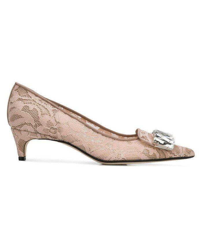 Sergio Rossi刺繡蕾絲粉膚跟鞋,售價40,100元。圖/MINOSHI...