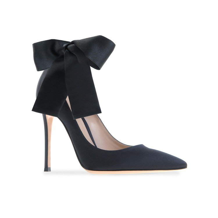 Gianvito Rossi黑色綁帶高跟鞋,特價4,996元。圖/ARTIFAC...