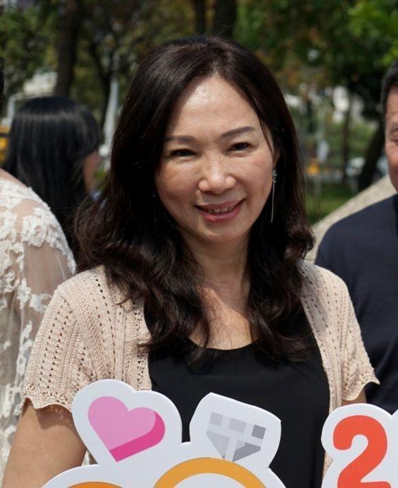 高雄市長韓國瑜的太太李佳芬今天再被媒體問到韓國瑜要不要選總統之事時,請外界不要再...
