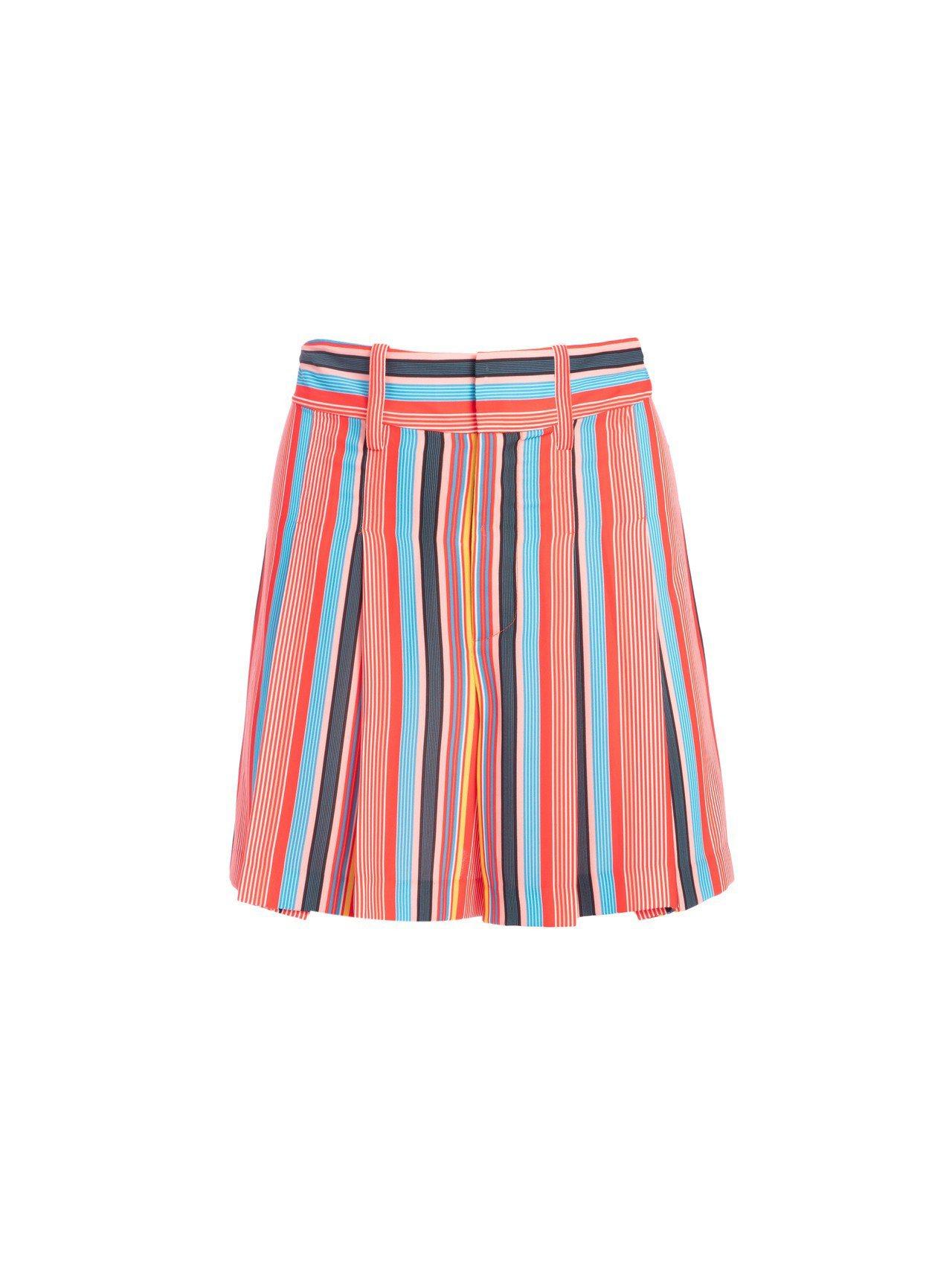 條紋短褲,10,900元。圖/Alice+Olivia提供
