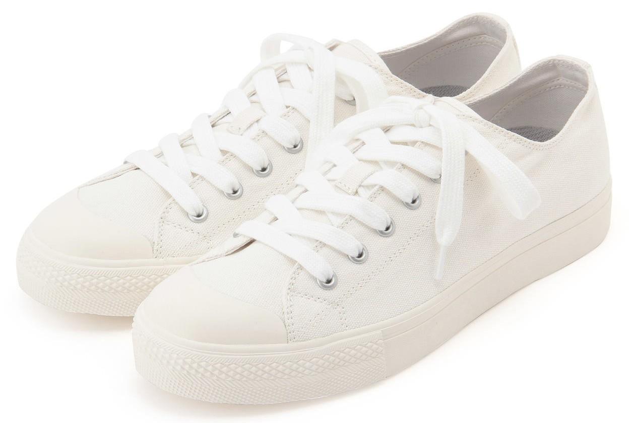MUJI無印良品撥水加工有機棉舒適休閒鞋,從原價990元調降為890元。圖/無印...