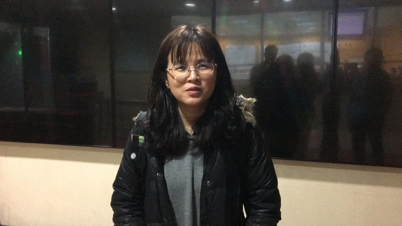 石姓學妹的母親希望政府盡快通過糾纏行為防制法。記者林孟潔/攝影