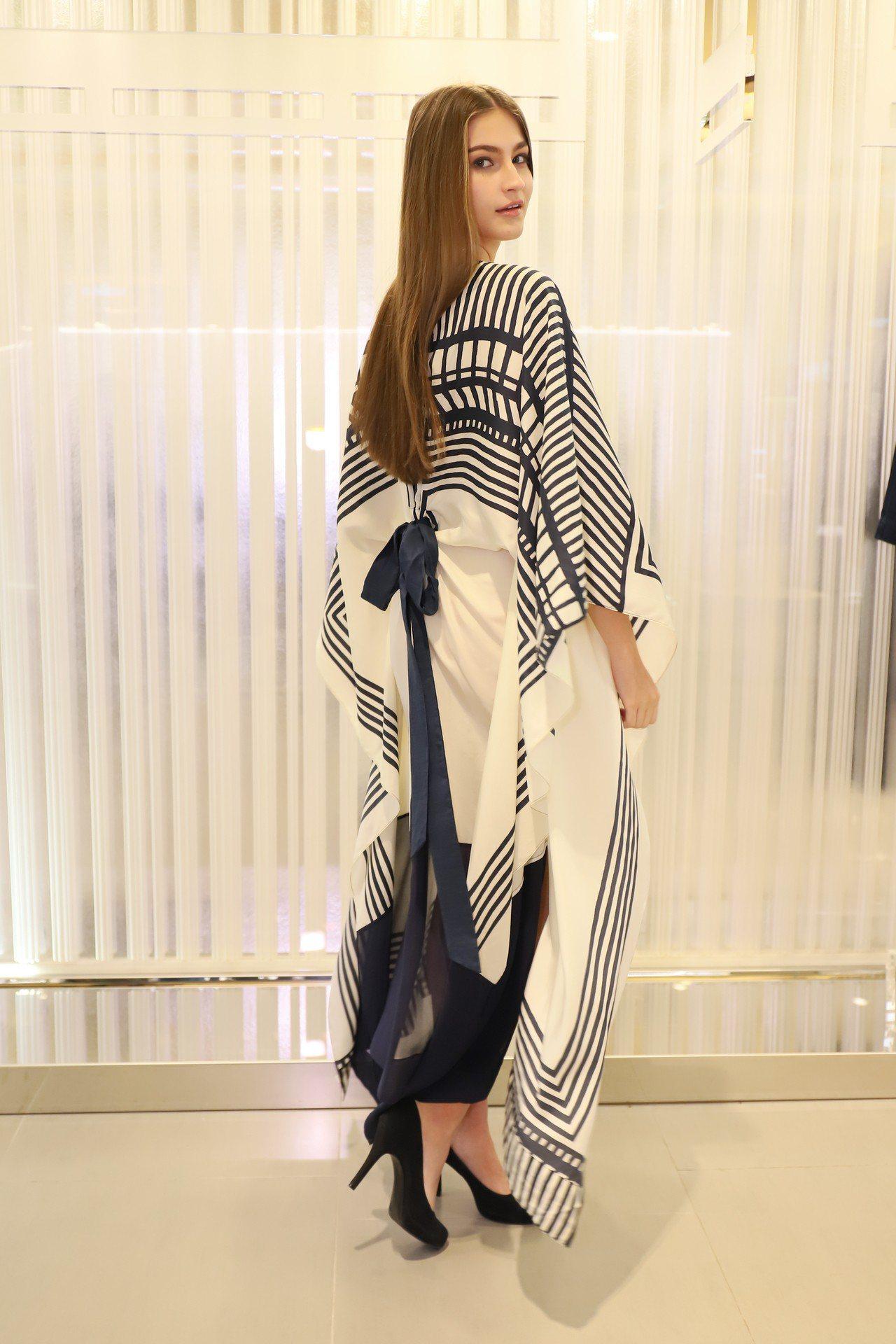 飄逸的絲巾裙裝可以有多種穿法,展現島嶼度假的隨性。圖/MARYLING提供