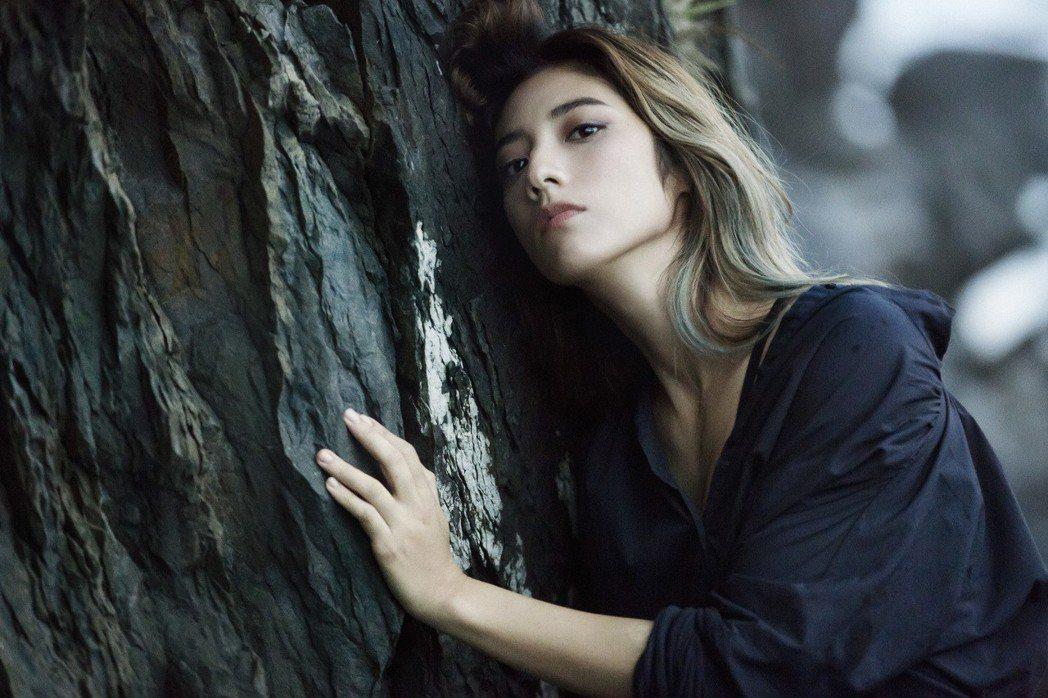 瑞瑪席丹為好萊塢電影「情,敵」主唱中文主題曲「靜靜」,暢談自己的被出軌經驗。圖/...