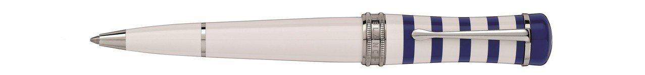萬寶龍幸運系列蔚藍週末原子筆,17,500元。圖/萬寶龍提供