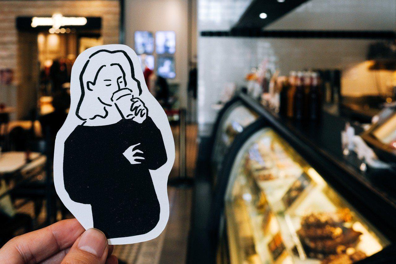 插畫家WHOSMiNG,在誠品信義店推出「作夢的角落插畫攝影展」。圖/誠品提供
