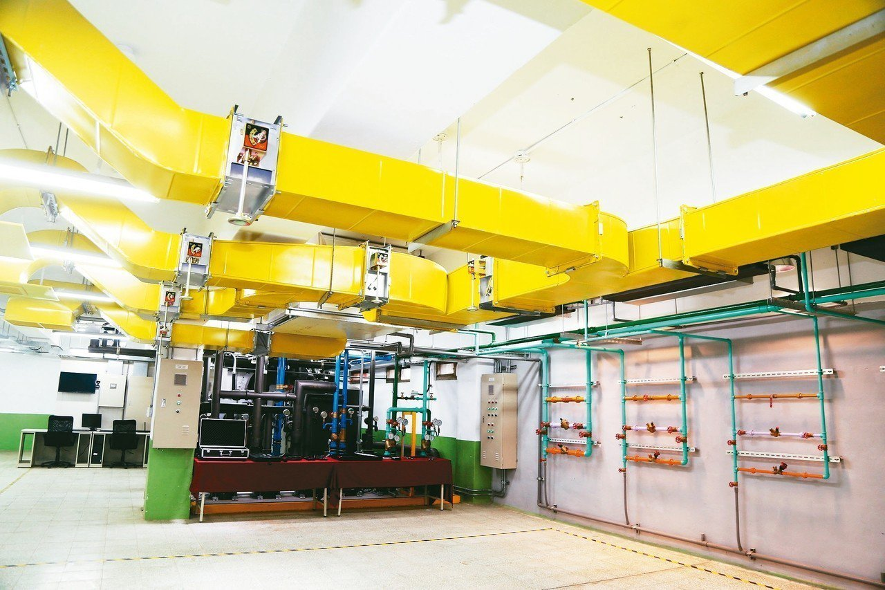 北市南港高工將設置「節能技術教學中心」,讓相關科系的學校可預約使用、參訪。 記者...