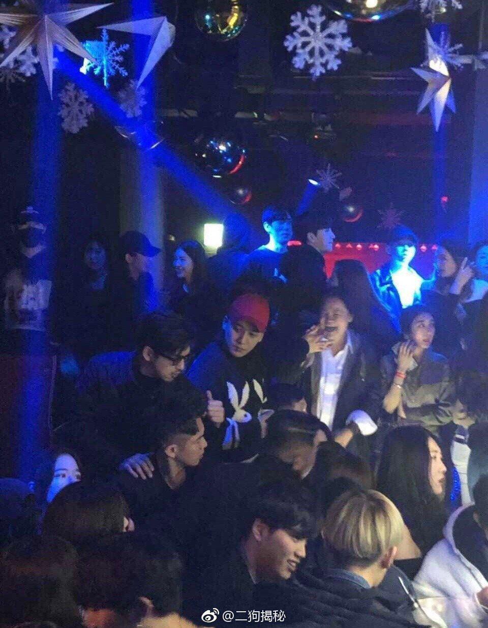 王大陸、陳柏霖、柯震東以及勝利於1月被拍到在夜店狂歡。圖/摘自微博