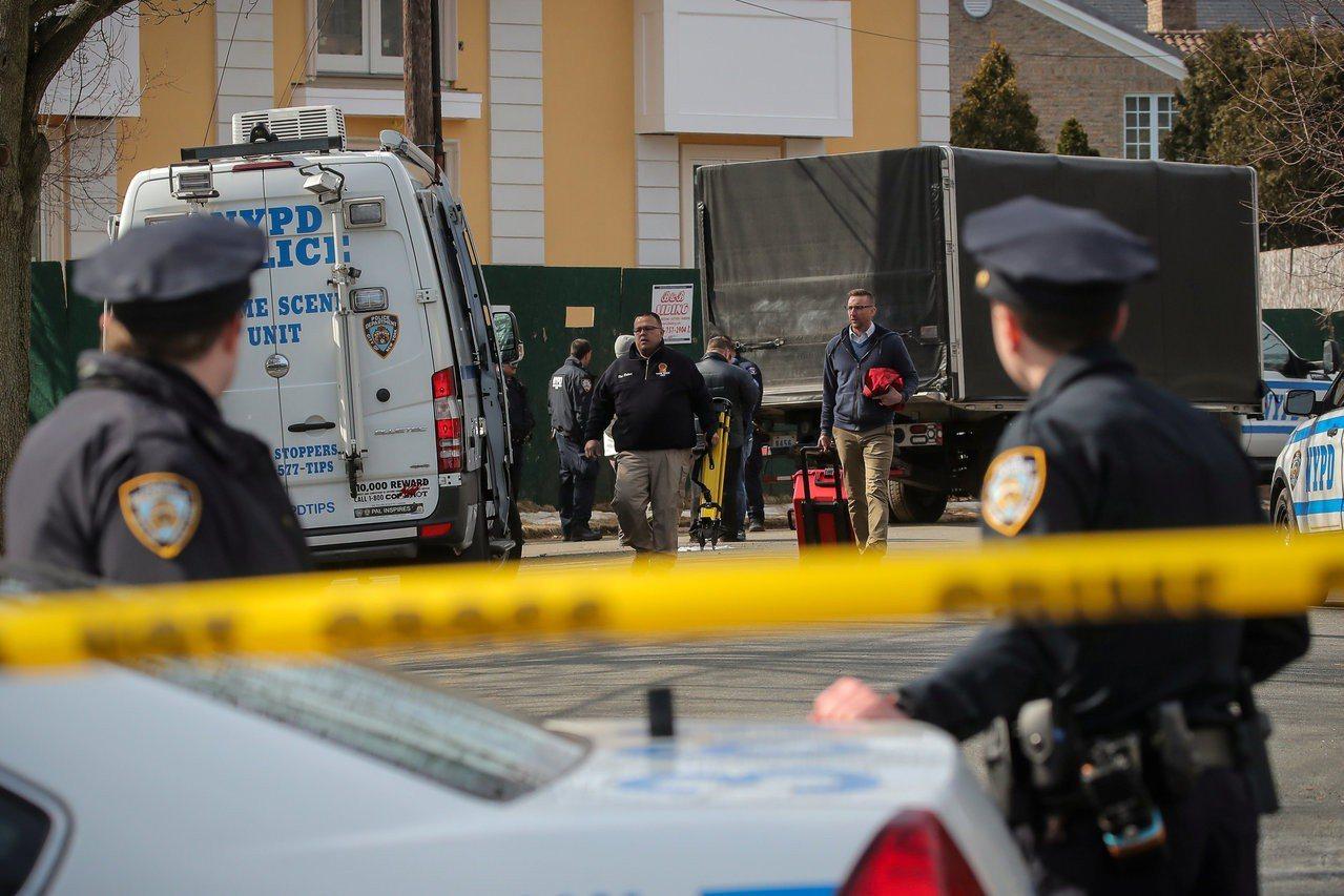 紐約黑手黨犯罪家族老大卡利在紐約寓所前遭槍殺。 路透社