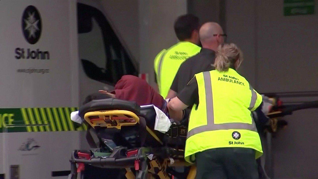 紐西蘭基督城市中心一座清真寺發生槍擊案。圖片來源/路透社