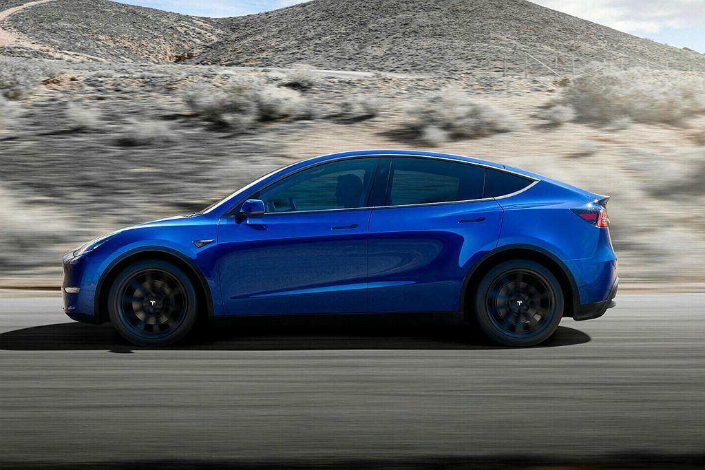 特斯拉表示Model Y是一輛具備最多7人乘坐的電動休旅車。 圖/Tesla提供