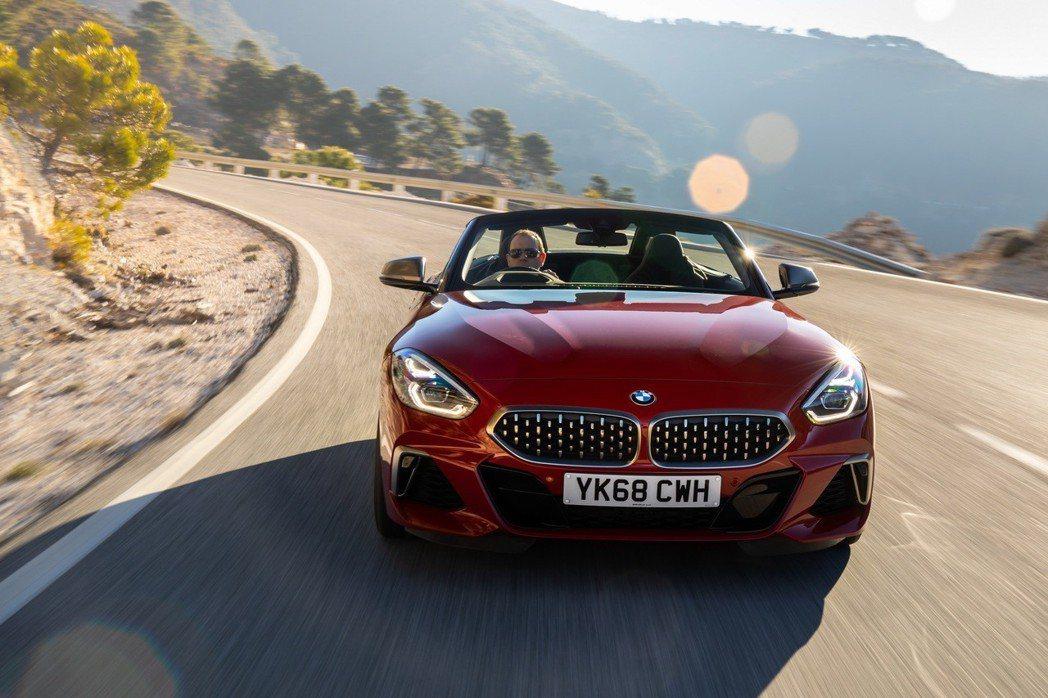 右駕版BMW Z4在現今漸趨稀少的雙門小跑車市場裡,更顯得珍貴。 摘自BMW UK