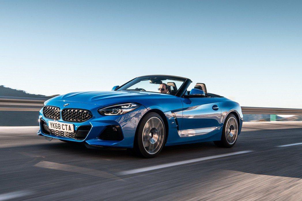 新世代BMW Z4日前已於英國上市,共有三種動力、五種車型的選擇,售價折合台幣大...