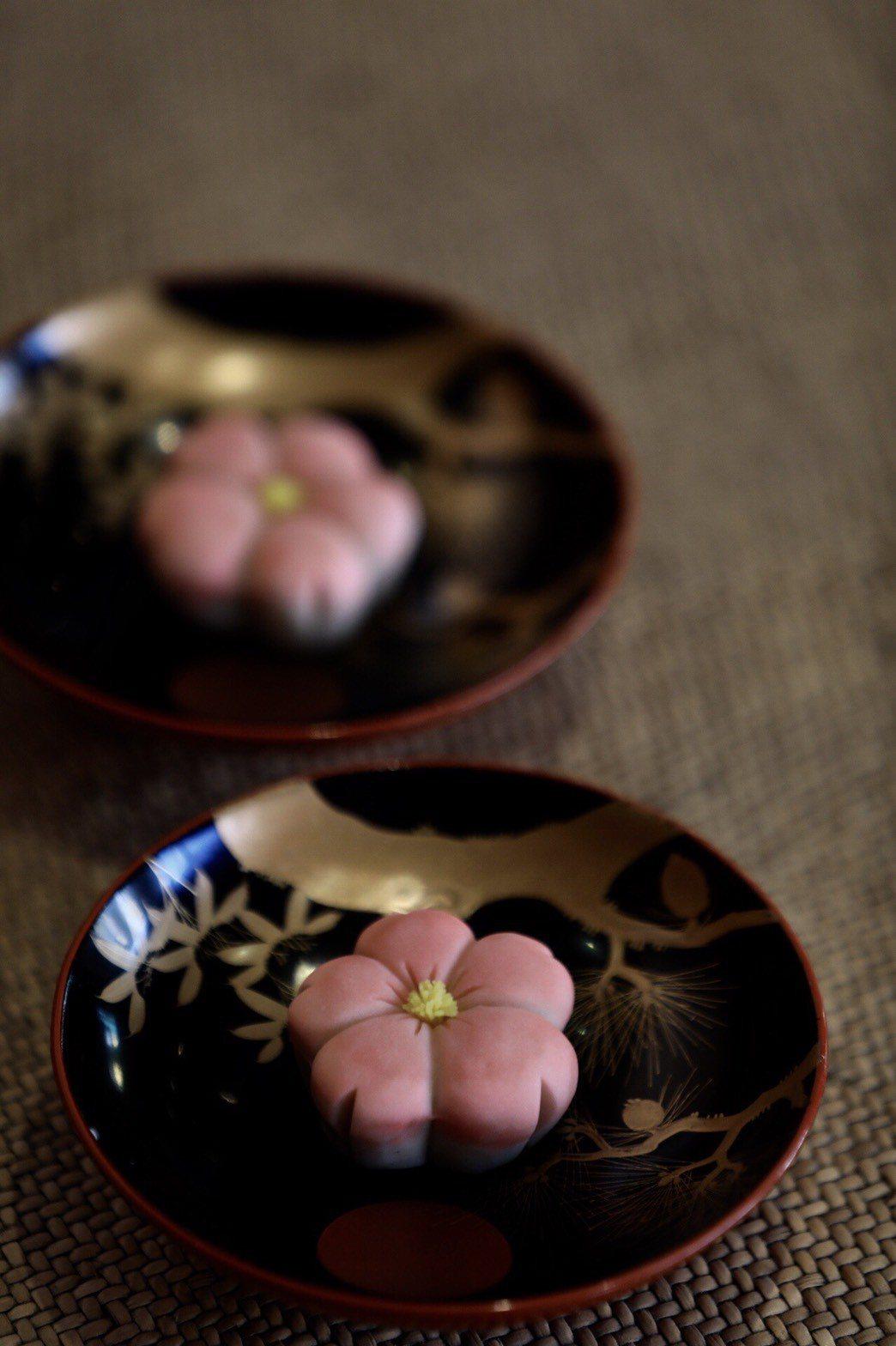 「滋養豆餡鋪」三月季節和菓子「春櫻」。圖/滋養豆餡鋪提供