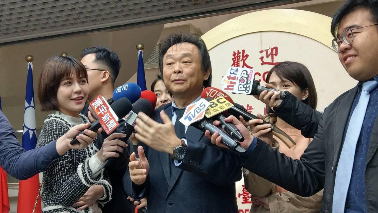 台北市議員王世堅昨稱高雄市長韓國瑜的女兒韓冰是國民黨仙女,今天受訪又稱她是現代版...