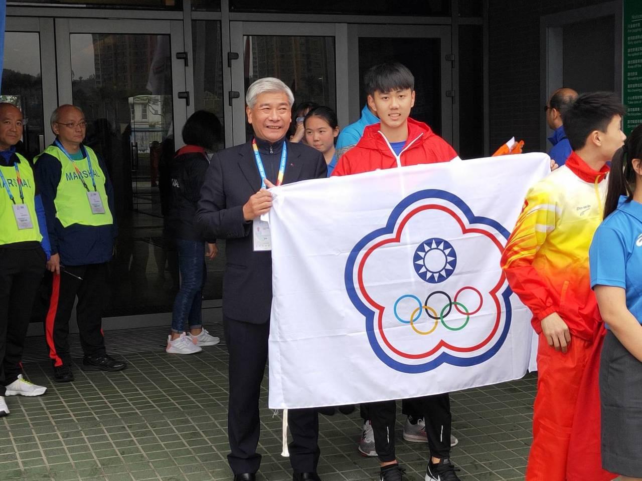 錦和高中盛尹辰在男子三級跳以15公尺15成績拿下金牌。圖/中華田協提供