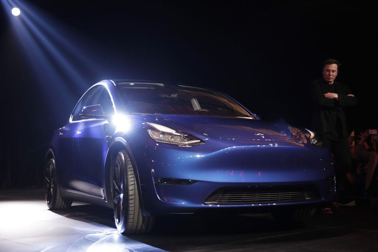 特斯拉執行長馬斯克14日發表電動休旅車Model Y。美聯社