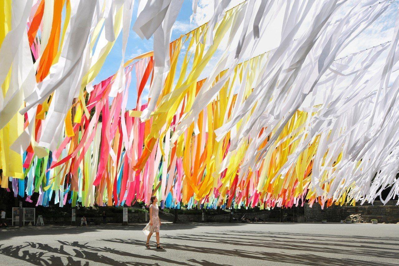 第12屆的「粉樂町」將於3月19日於信義商圈登場。圖╱富邦藝術基金會提供