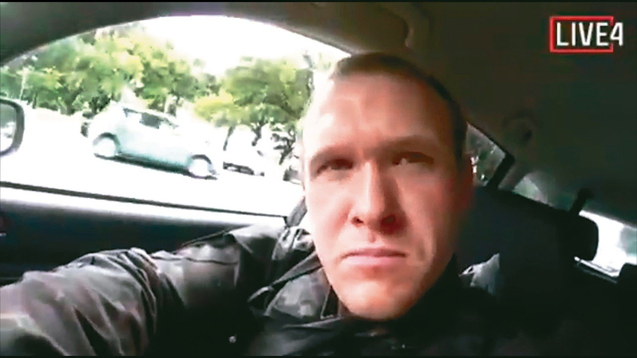 紐西蘭基督城十五日發生清真寺恐攻,主嫌澳洲男子塔倫在臉書直播犯案過程。 (美聯社...
