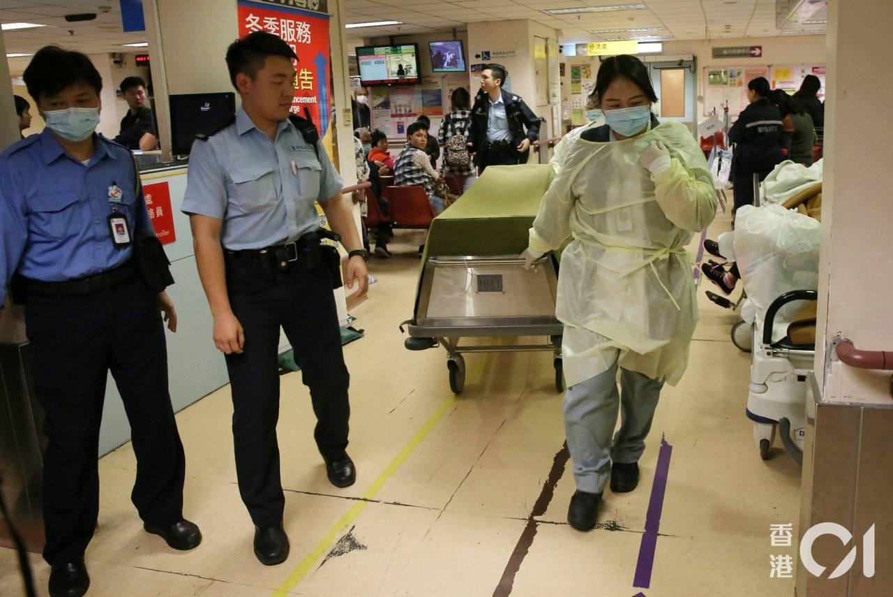 腹部中槍的男疑犯,送院搶救後證實死亡。(蔡正邦攝)