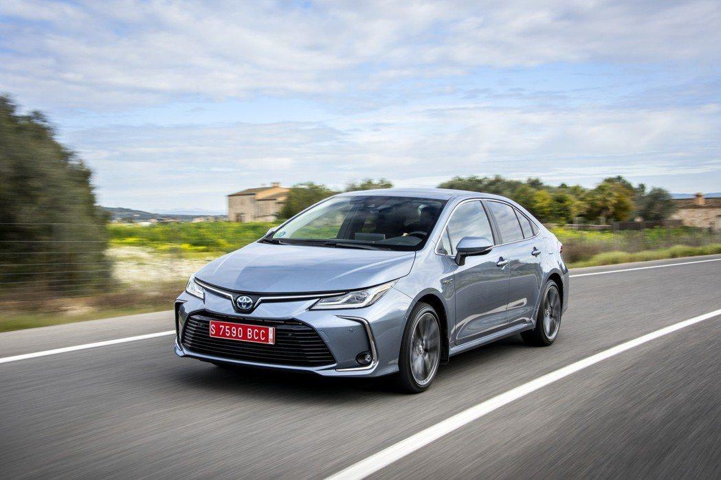 歐規Toyota Corolla Sedan Hybrid (國內市場稱Coro...